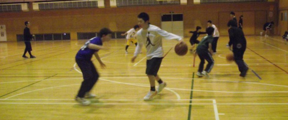 中学生のためのバスケットボール教室《教室》